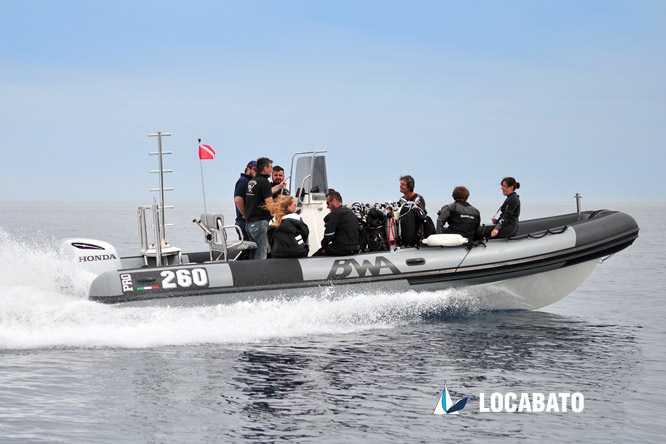location bateau plongée à marseille Semi-rigide BWA PRO 260 Locabato