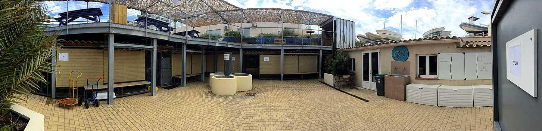 Centre de plongée à Marseille, école de plongée SSI, PADI, FFESSM. Location de matériel de plongée. Hébergement et restauration